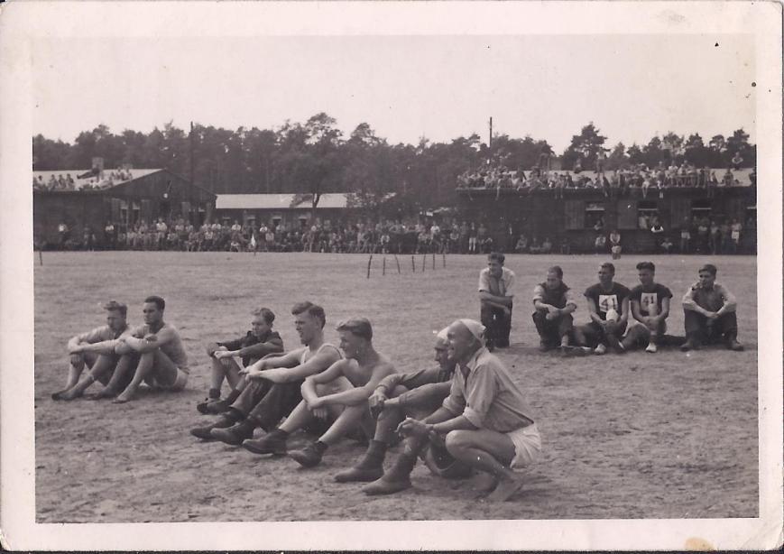 Sports Day, Sagan, 1942 1